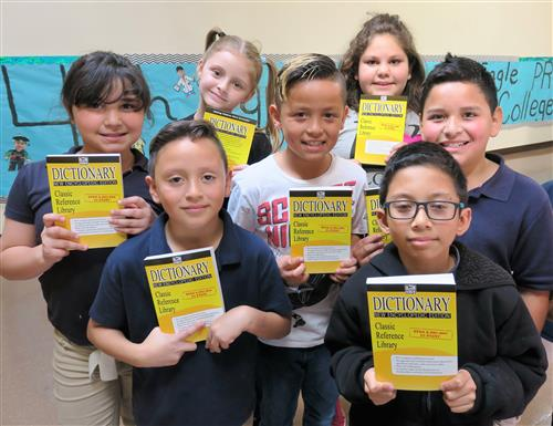 San Elizario elementary students receive free dictionaries